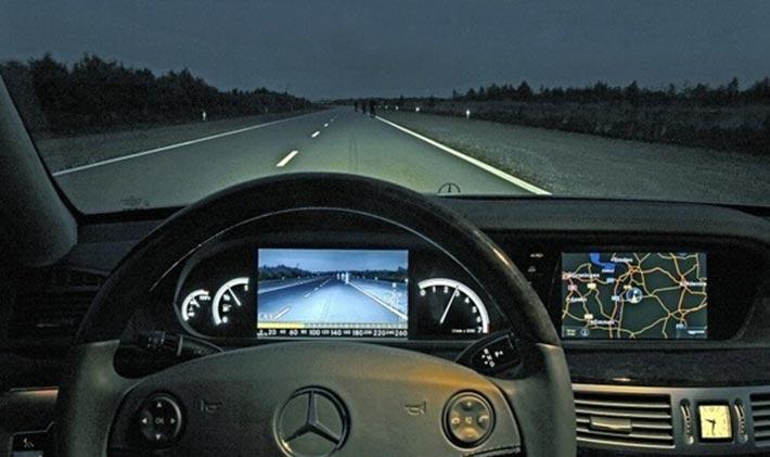 Тепловизор атомобиля Mercedes Night View Assist Plus термограмма
